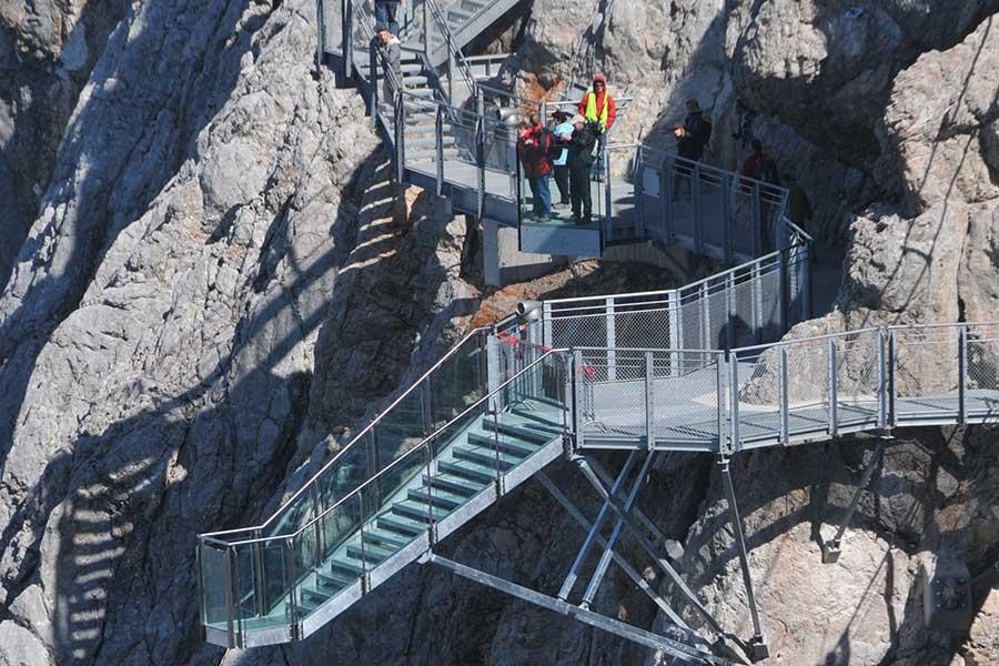 SCIA Referenz - Stahlkonstruktion Treppe ins Nichts am Dachstein